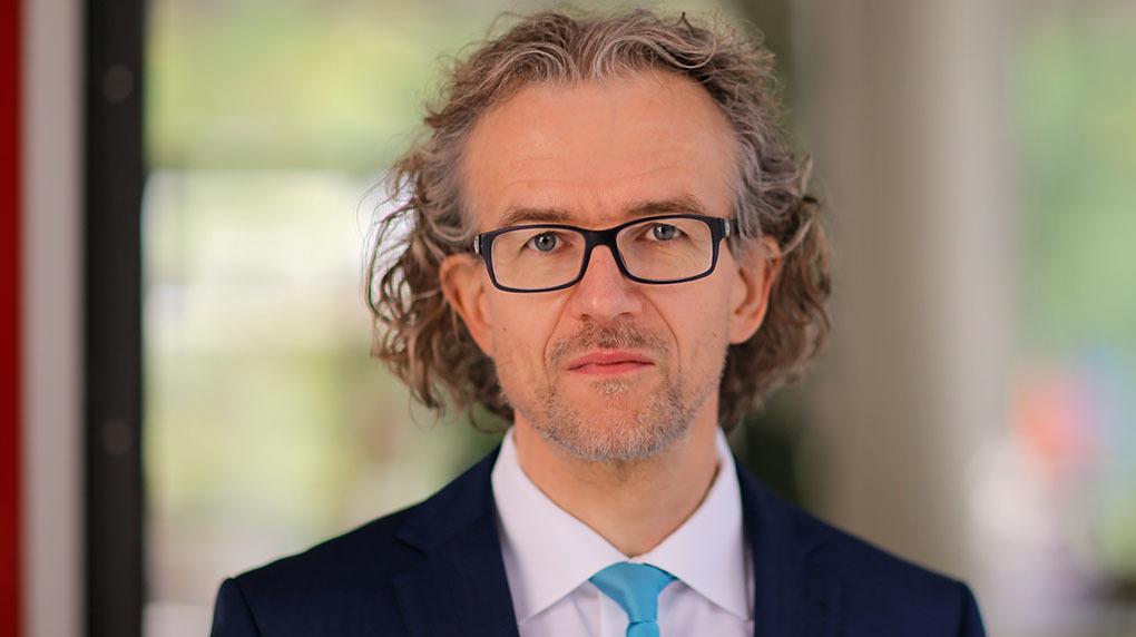 Bild von Prof. Dr. rer. pol. J. Saatkamp