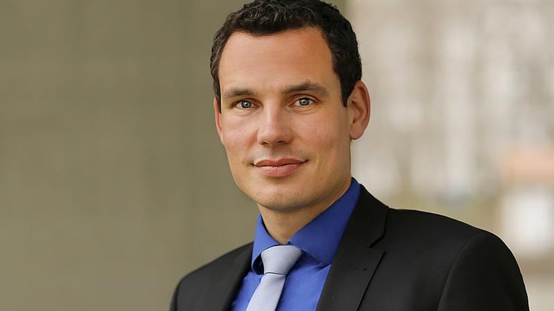 Professor Dr. Erik Hahn
